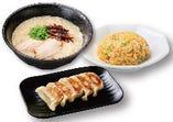 一麺定食(餃子)