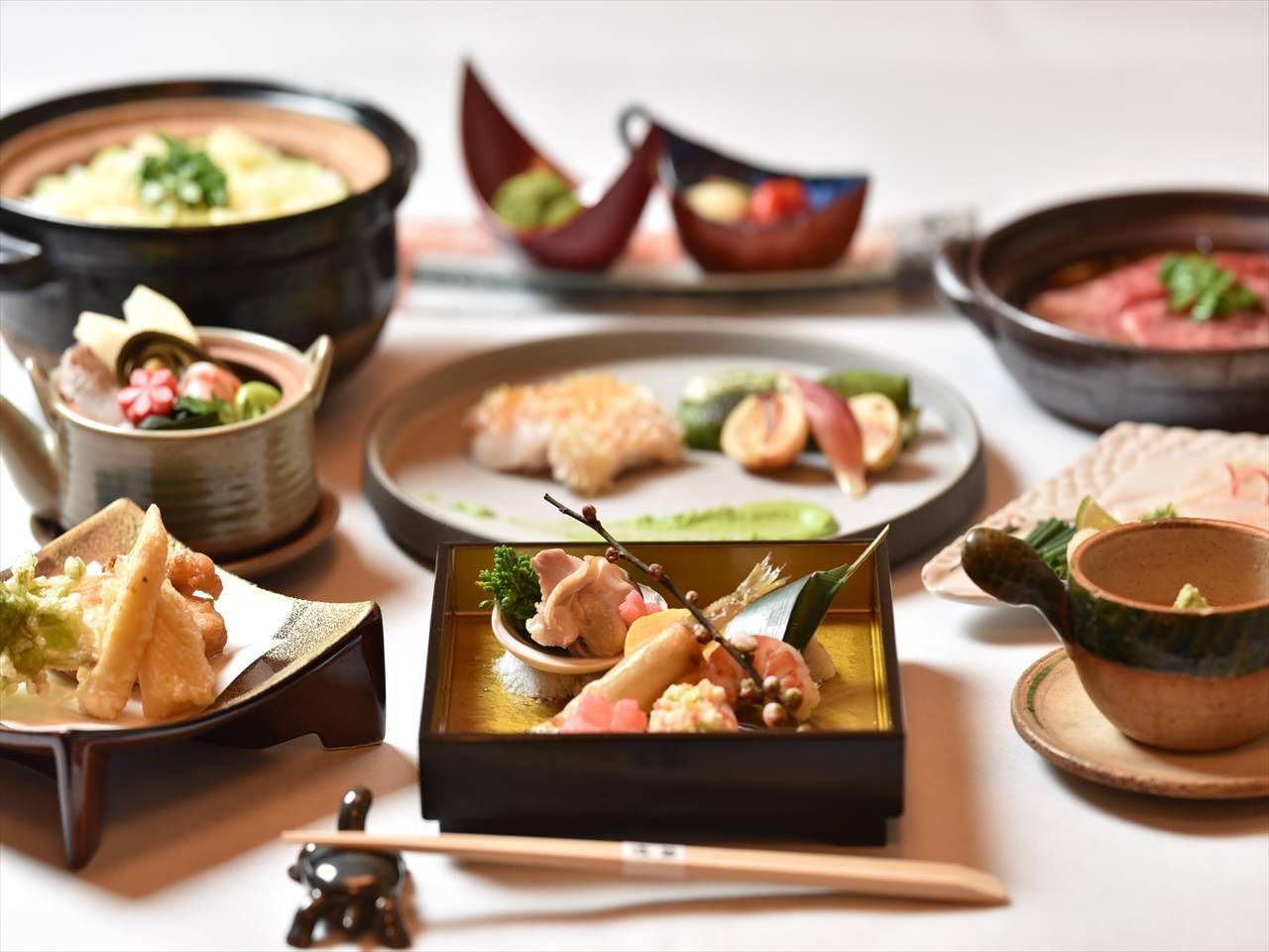 大阪ならでは食材と料理法にこだわり料理しています。