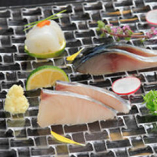 地元である愛媛の新鮮な食材だけを使用した絶品鮨をどうぞ