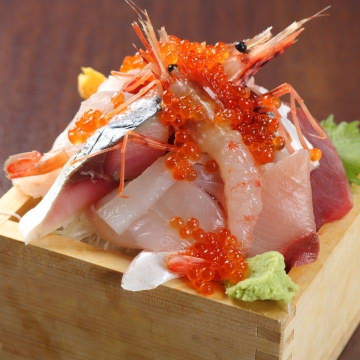 天然本マグロや広島の地元食材を堪能