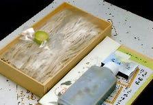 お土産:生蕎麦折詰そば汁付き