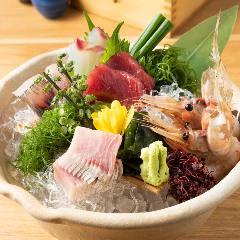 【本日の鮮魚】 お造里5種盛り合わせ