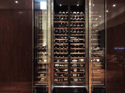 種類豊富なワイン・シャンパン