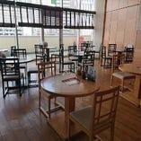 テーブル・席間隔を調整しながらのテーブル席をご用意!