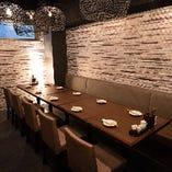 テーブル席は20名様までの宴会スペースとしてもご利用いただけます