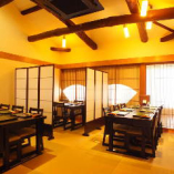 京都祇園の路地奥、一軒家。京町家を改装した風情ある建物で和食