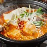 [大好評あったかお鍋] チゲ鍋or水炊き鍋が付いたコースもご用意