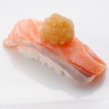 しゃぶとろサーモン Salmon Shabu Shabu Style/ ハマチ Amberjack