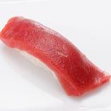 本まぐろ赤身 Fresh Bluefin Tuna/ 小肌 Gizzard Shad/ しめ鯖 Mackerel