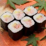 とろたく巻 Minced Tuna With Japanese Pickle