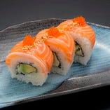【New】サーモン&アボカドロール Salmon & Avocado Roll