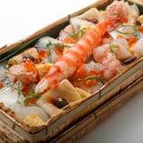 極上 ばらちらし弁当 Super Rich Assortment of Raw Fish Bento (box sushi)