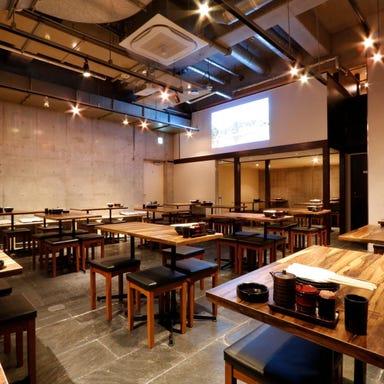 秋葉原地鶏酒場 鶏喜鶏喜-チョキチョキ- 秋葉原本店 店内の画像