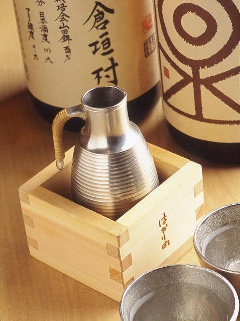 すべての日本酒を 錫製の酒器でお出しします