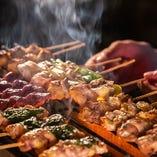 本格的な炭火焼の焼鳥は、香ばしい香りが食欲をそそります!
