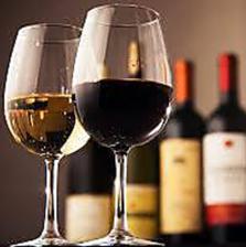 安くて美味しいワインを気軽にどうぞ