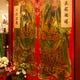 入口には100年以上もの昔の門神がお出迎え。台湾へ誘います。