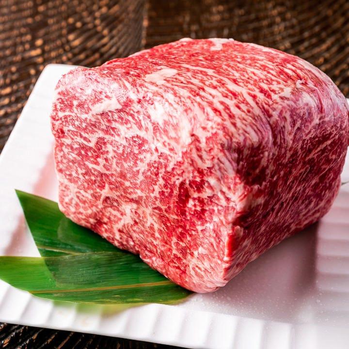 プレミアムな6,000円プランにはA5山形牛すき焼き御一人様鍋も♪