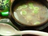 韓国美肌スープ 雪濃湯「ソルロンタン」690円(税抜)