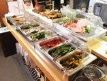 旬の野菜を使用した手作りバーニャカウダーは当店の名物です!!