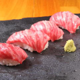 1番人気!A5ランクの神戸牛の肉寿司