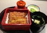 店長のおすすめ鰻重 鰻重(桜)4400円デザート付