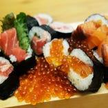 トロ鉄火巻と北の親子こぼれ寿司