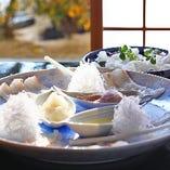 〈伝統の味〉 四季折々の彩りを鮮やかに映した会席料理をご堪能