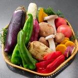旬の野菜をふんだんに使っています