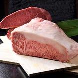 A5黒毛和牛やフォアグラなど高級食材の創作料理をお値打ちに♪