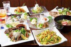100種の梅酒と本格沖縄料理 あーぐうる