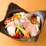 国産もち豚ローストポークと手造り豆富のサラダ