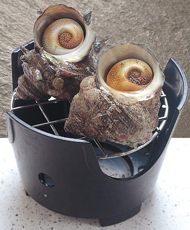 活け締めサザエの壷焼き