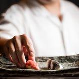 旬の握りから定番メニューまで、お好みの極上鮨をご堪能下さい!