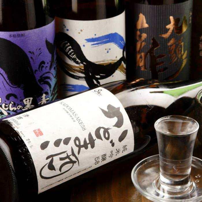 様々な日本酒を仕入れます!