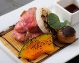 【焼物】牛ロース肉ステーキ、牛ランプ肉のタタキ2種盛