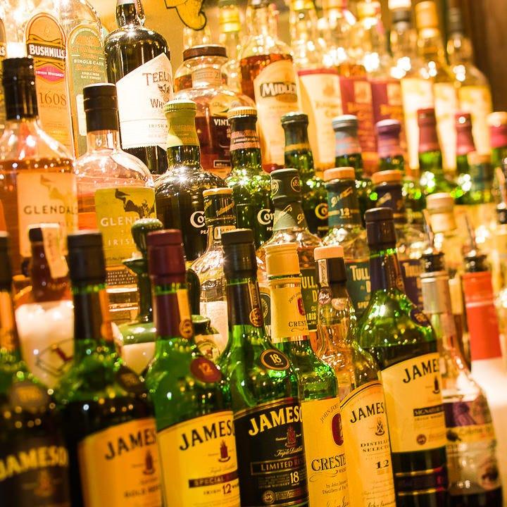アイリッシュウイスキーも 常時20種以上!圧巻の品揃え