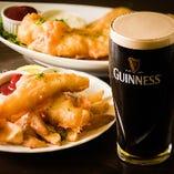 フィッシュ&チップスは名物ギネスビールとご一緒に!