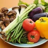 みずみずしい新鮮な野菜を厳選して使用しています