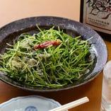 青菜とじゃこのペペロンチーノ風炒め
