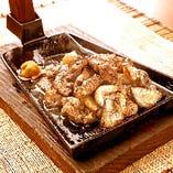 一番人気!じとっこ炭火焼!炭火で焼き上げた宮崎の名物料理。