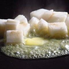 サイコロ長芋バター焼き