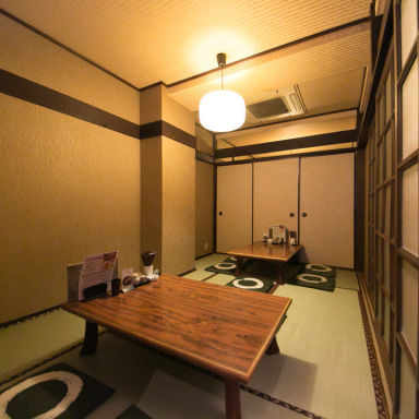 焼き鳥と個室 とり亀‐TORIKI‐  店内の画像