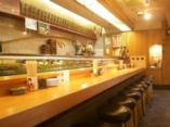 ◆カウンターのみの店内◆ 昔ながらの廻らない本格板前寿司