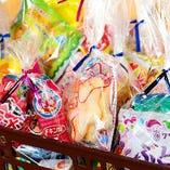 お子様には「お菓子」をプレゼントしています♪