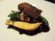 牛ホホ肉の赤ワイン煮と味彩牛のミルフィーユ