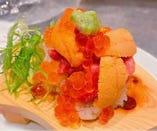 カイノミと雲丹とイクラのくずし寿司