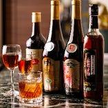 甕詰めの原酒を当社仕様にブレンドした特別酒まで楽しめる紹興酒