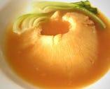 上海料理・彩苑のおすすめ ふかひれの姿煮は絶品