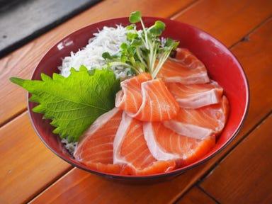 魚〇 朝採れ鮮魚の海鮮丼 ‐KAMAKURA‐  こだわりの画像